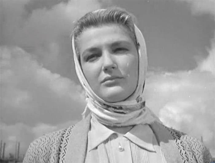 Светлана Дружинина в фильме *Дело было в Пенькове*, 1957 | Фото: kino-teatr.ru