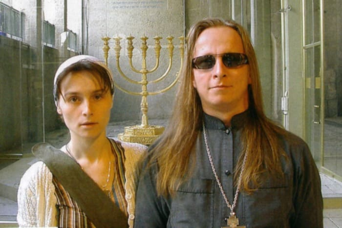Иван Охлобыстин с женой, Оксаной Арбузовой | Фото: kino-teatr.ru
