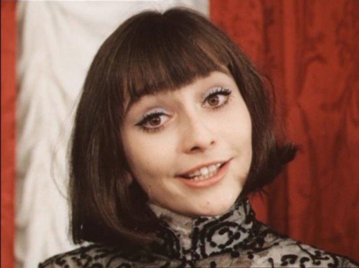 Актриса, известная по роли Денизы в *Небесных ласточках* | Фото: diwis.ru