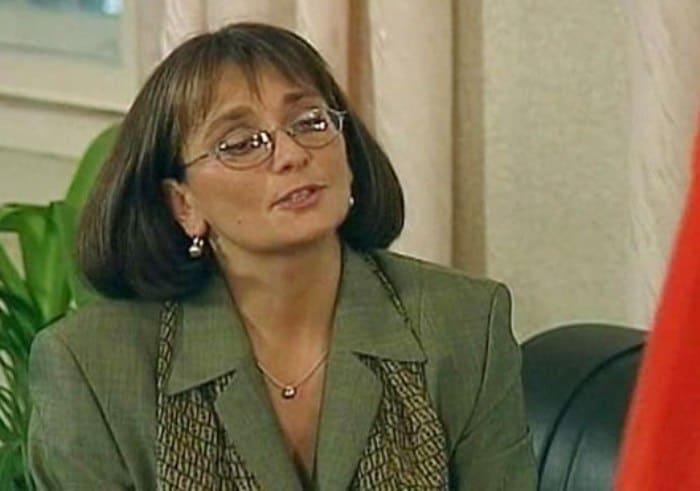 Ия Нинидзе в сериале *Простые истины*, 1999 | Фото: kino-teatr.ru