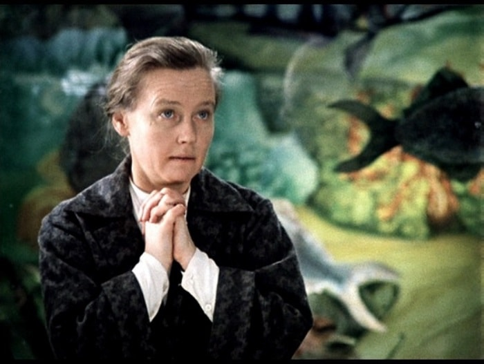 Ия Саввина в фильме *Гараж*, 1979 | Фото: chtoby-pomnili.com