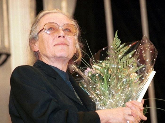 Народная артистка СССР Ия Саввина | Фото: chtoby-pomnili.com