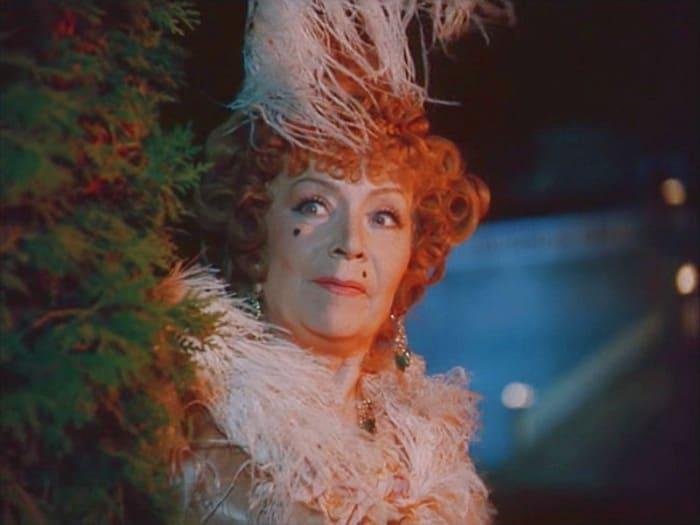 Виктория Горшенина в фильме *Дон Сезар де Базан*, 1989 | Фото: kino-teatr.ru