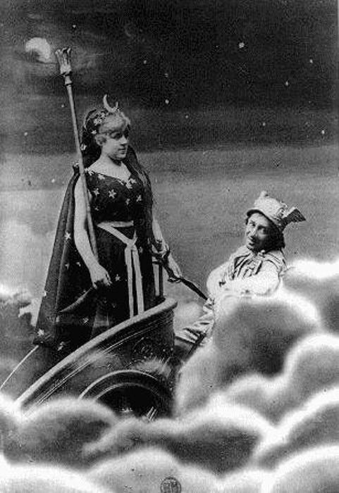 Феликс Надар. Жанна Самари в роли Ночи, 1877
