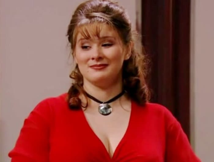 Юлия Куварзина в сериале *Не родись красивой*, 2005-2006   Фото: kino-teatr.ru