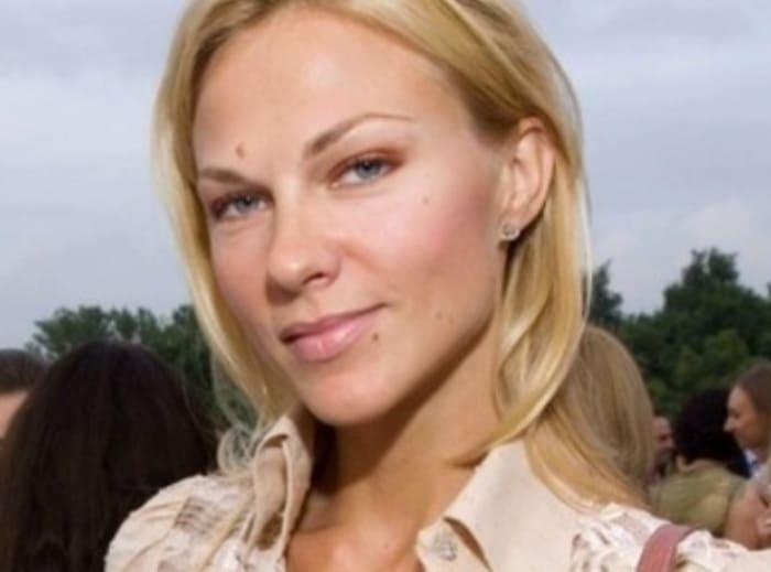 Юлия Суханова в 2006 г. | Фото: vsenashimiss.blogspot.com