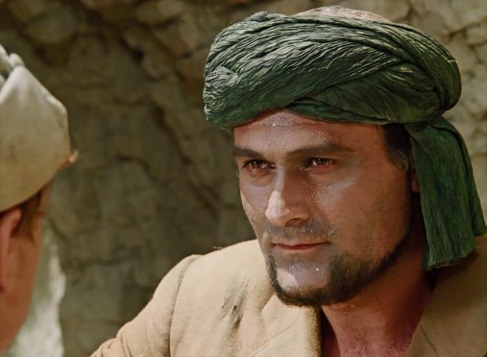 Кахи Кавсадзе в роли Абдуллы в фильме *Белое солнце пустыни*, 1969 | Фото: kino-teatr.ru