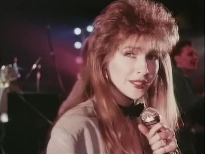 Катя Семенова в фильме *Хищники*, 1991 | Фото: kino-teatr.ru