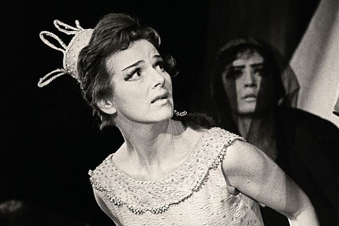 Юлия Борисова, сыгравшая принцессу Турандот в театре Вахтангова