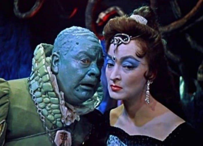 Кадр из фильма *Королевство кривых зеркал*, 1963 | Фото: forum.kinozal.tv