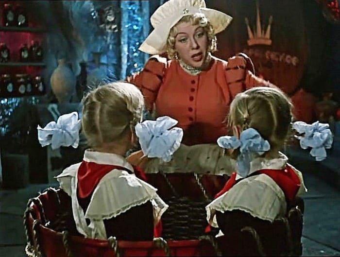 Кадр из фильма *Королевство кривых зеркал*, 1963 | Фото: fishki.net
