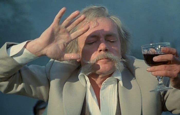 Кирилл Лавров в фильме *Мой ласковый и нежный зверь*, 1978 | Фото: babr24.com