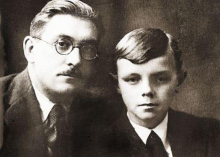 Кирилл Лавров с отцом | Фото: uznayvse.ru