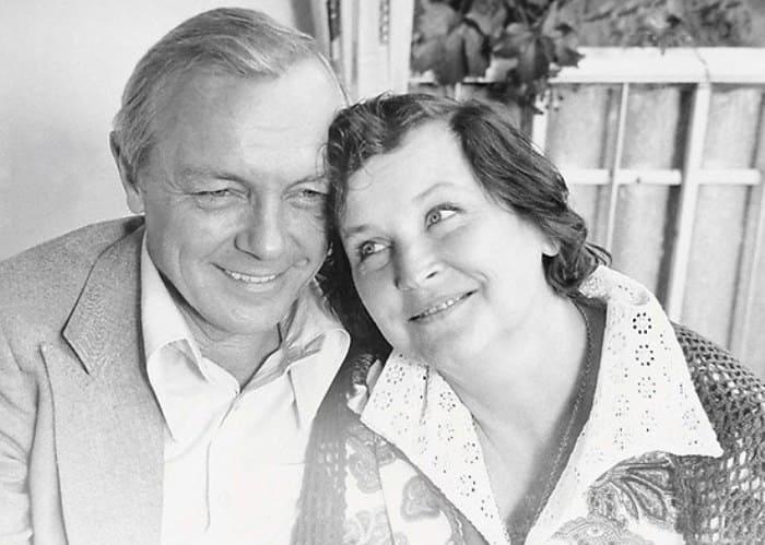 Актер с женой, Валентиной Николаевой | Фото: kino-teatr.ru