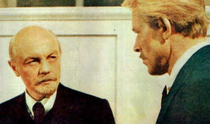 Кадр из фильма *Доверие*, 1975 | Фото: kino-teatr.ru