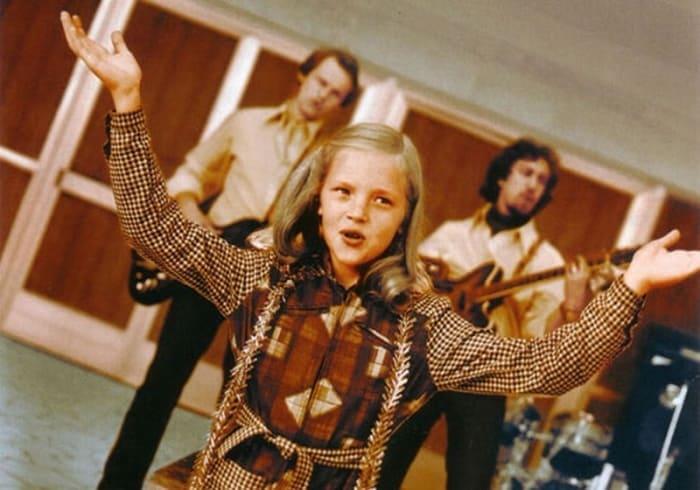 Аня Ашимова в фильме *Чародеи*, 1982 | Фото: film.ru