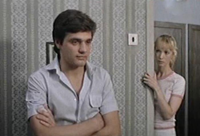 Константин Лавроненко в своем дебютном фильме *Еще люблю, еще надеюсь*, 1985 | Фото: kino-teatr.ru