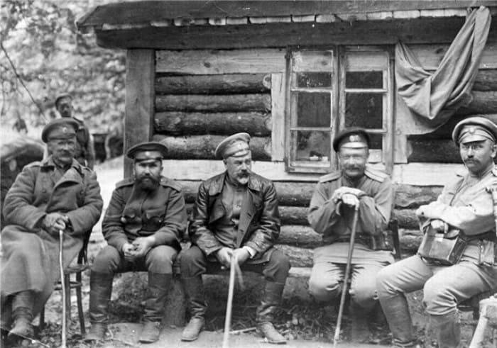 Деникин на фронте | Фото: matrony.ru