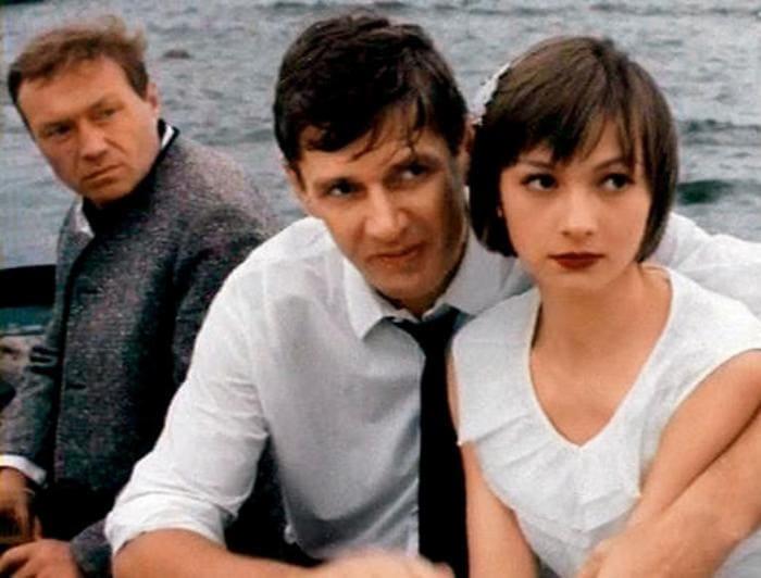 Кадр из фильма *Над темной водой*, 1992 | Фото: 7days.ru