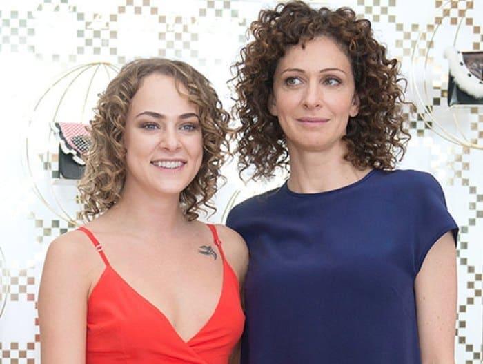 Ксения Раппопорт и ее дочь Аглая Тарасова   Фото: interesnoznat.com