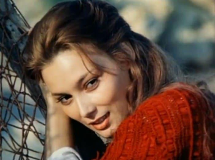 Лариса Белогурова в фильме *Вольный ветер*, 1983   Фото: kino-teatr.ru