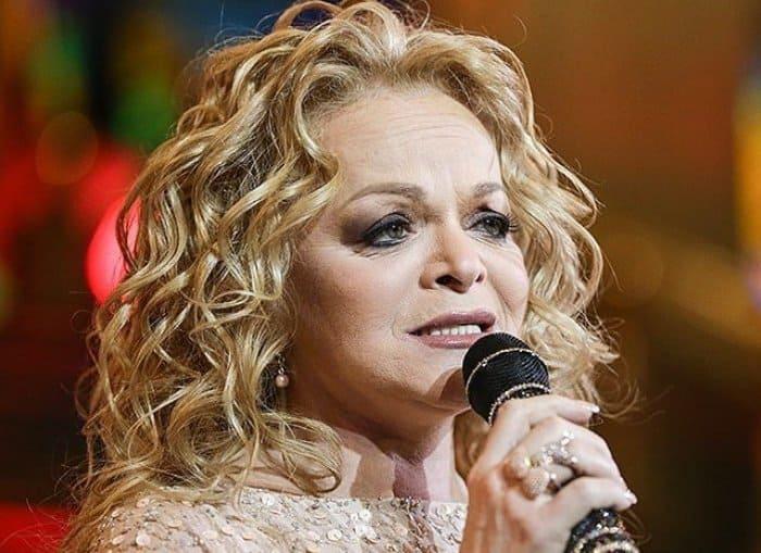 Певица на сцене | Фото: joinfo.ua