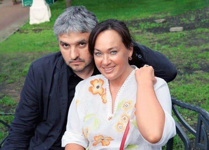 Актриса с третьим мужем, Игорем Бухаровым | Фото: protvoekino.ru