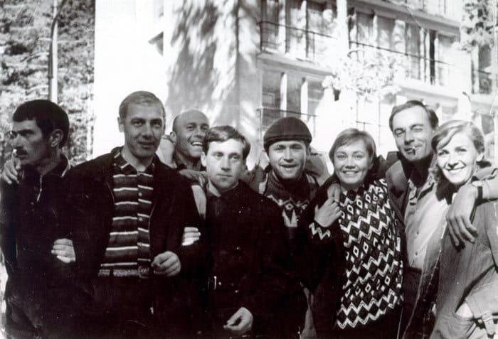 Съемочная группа *Вертикали* в Одессе, июль 1966 | Фото: echo.msk.ru