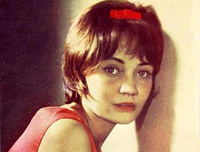 Актриса, которой Владимир Высоцкий посвятил песню *Она была в Париже* | Фото: kino-teatr.ru