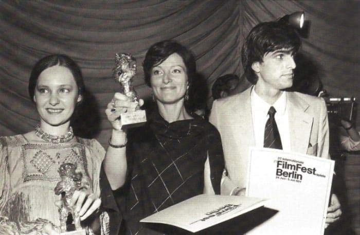 Июль 1977 г. Лариса Шепитько – обладательница гран-при *Золотой медведь* за фильм *Восхождение* | Фото: kino-teatr.ru