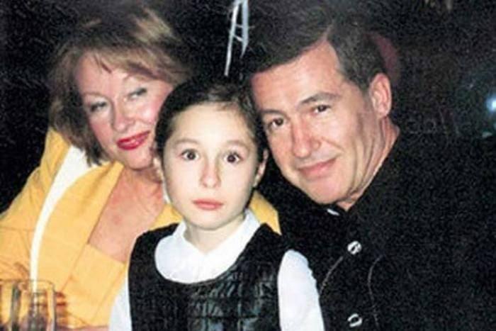 Лариса Удовиченко с третьим мужем, Геннадием Болгариным, и дочерью Машей | Фото: 24smi.org