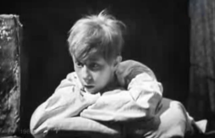 Лия Ахеджакова в фильме-спектакле *Возвращение*, 1968   Фото: kino-teatr.ru