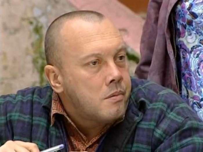 Владимир Комаров в сериале *Прапорщик Шматко*, 2007 | Фото: kino-teatr.ru