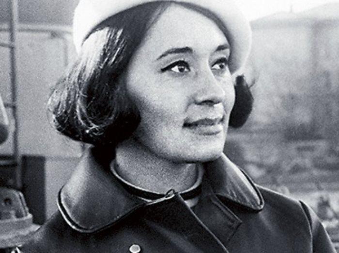 Одна из самых известных советских манекенщиц | Фото: cluebits.com