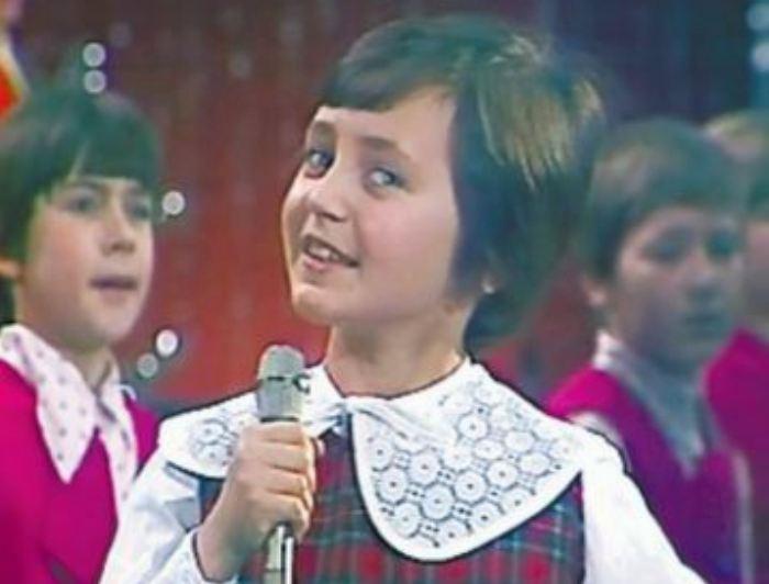Лена Могучева на сцене | Фото: sovsekretno.ru