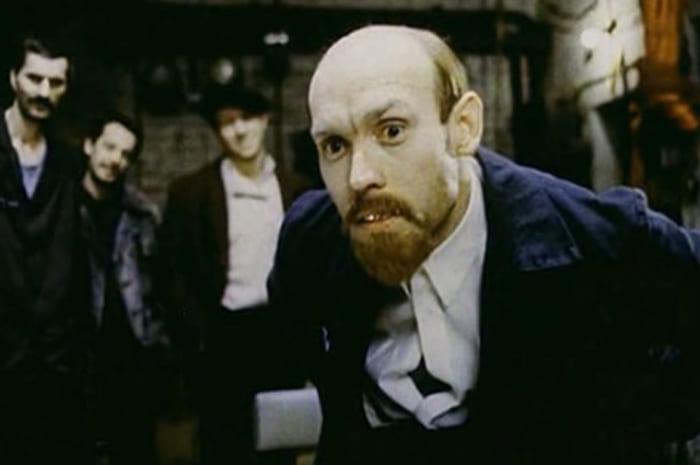 Виктор Сухоруков в *Комедии строгого режима*, 1992 | Фото: anews.com