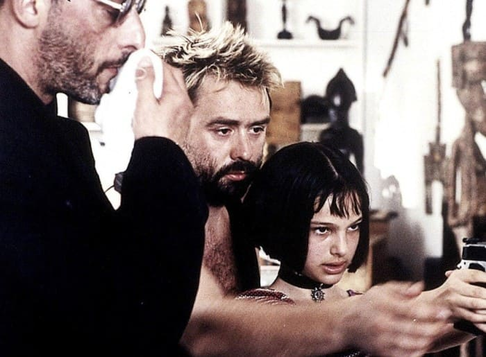 Люк Бессон с актерами на съемках | Фото: kinowar.com