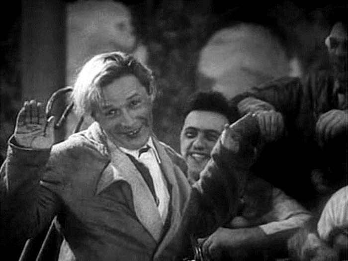 Леонид Утесов в фильме *Веселые ребята*, 1934   Фото: kino-teatr.ru