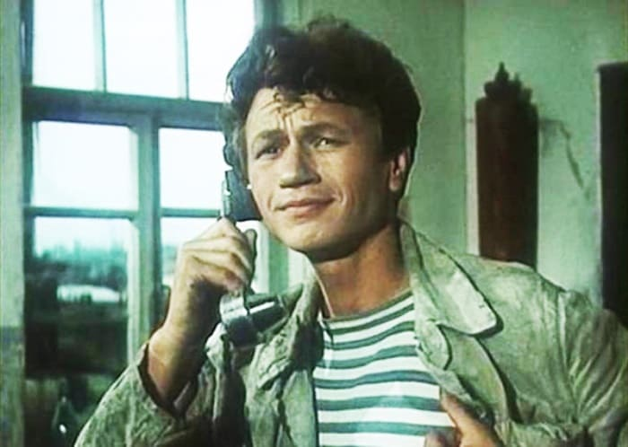 Кадр из фильма *Добровольцы*, 1958 | Фото: kino-teatr.ru
