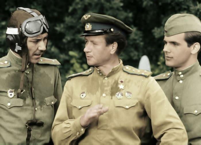 Кадр из фильма *В бой идут одни *старики*, 1973   Фото: ampravda.ru