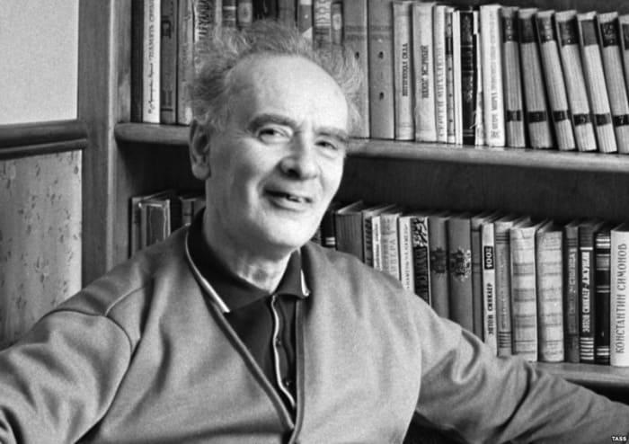 Знаменитый ученый-физик, лауреат Нобелевской премии | Фото: gdb.rferl.org