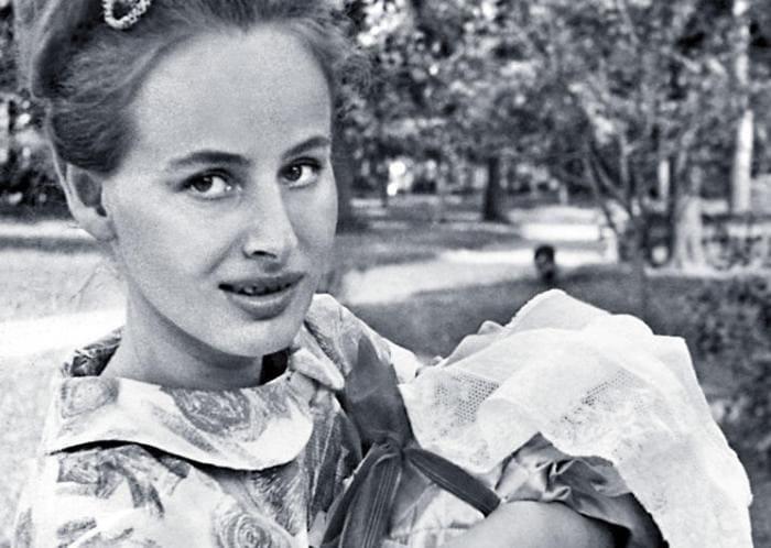 Актриса с дочерью   Фото: 7days.ru