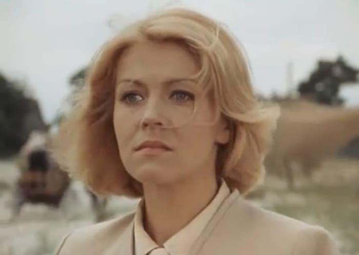 Лилита Озолиня в фильме *Долгая дорога в дюнах*, 1980-1981 | Фото: kino-teatr.ru