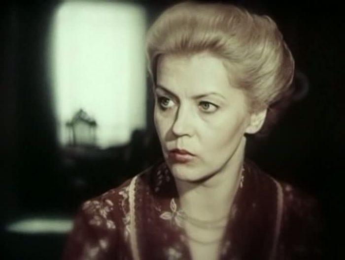 Лилита Озолиня в фильме *Семья Зитаров*, 1990 | Фото: kino-teatr.ru