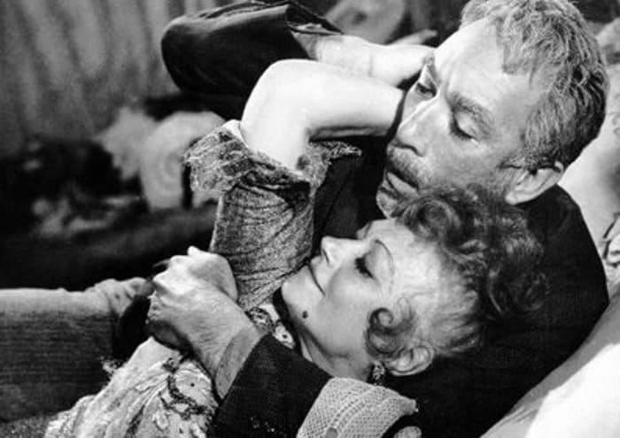 Кадр из фильма *Грек Зорба*, 1964 | Фото: kino-teatr.ru