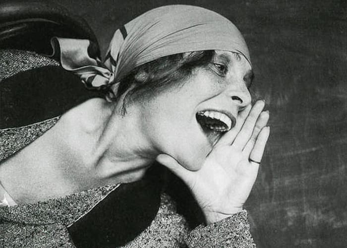 Лиля Брик на плакате 1925 г. | Фото: telegrafua.com