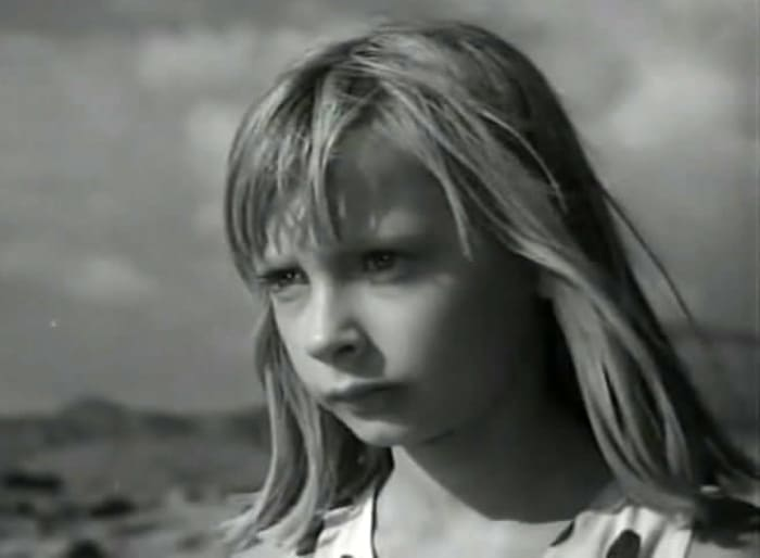 Кадр из фильма *Девочка и эхо*, 1964 | Фото: kino-teatr.ru