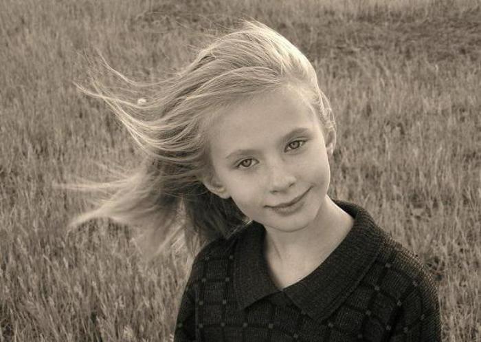 Лина Бракните в детстве | Фото: syl.ru