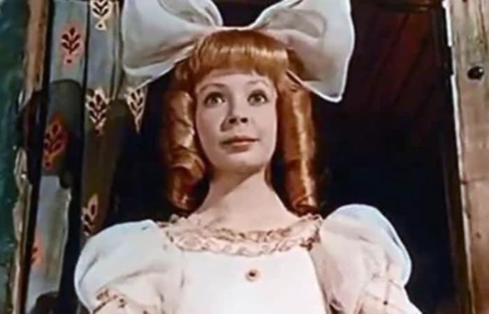 Лина Бракните в фильме *Три толстяка*, 1966 | Фото: kino-teatr.ru