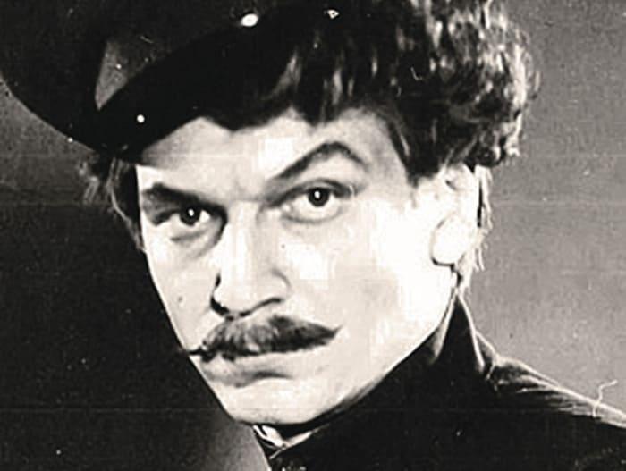 Аристарх Ливанов в роли Григория Мелехова | Фото: retrospectra.ru